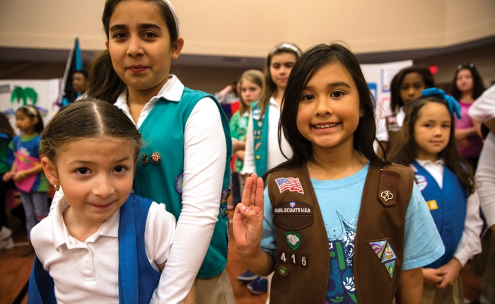Support Girl Scouts on#GivingTuesday