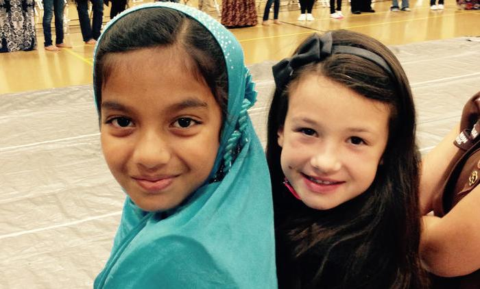 Muslim, Christian Girl Scouts Come Together to Foster Friendship,Understanding