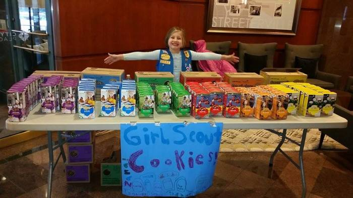 Girl Scout Donates Cookies to Homeless Kids