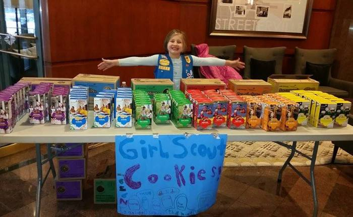 Girl Scout Donates Cookies to HomelessKids