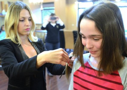 Downers Grove Girl Scout Leads Hair Donation Drive