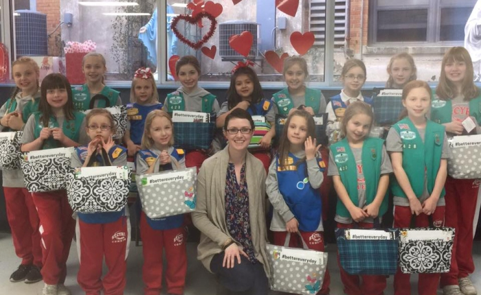Girl Scouts Make Tote Bags to Help Lift Spirits of Patients BattlingCancer