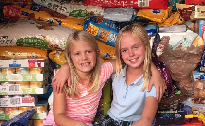 Gurnee Girl Scout Collects Pet Food in Aftermath of Hurricane Harvey